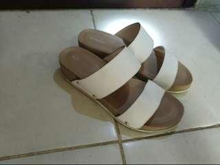 Symbolize White Sandal