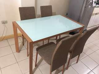 Dining table 4 seater w/ side table