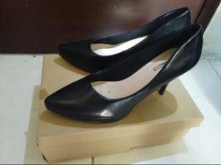 urban&co black heels