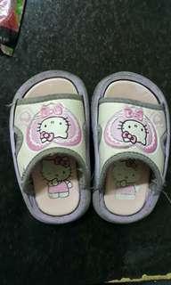 Kitty拖鞋
