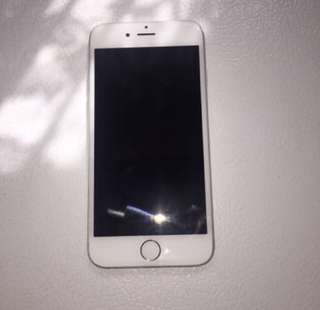 Silver iPhone 6 16gb UNLOCKED