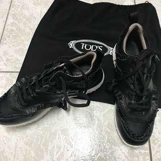 🚚 Tod's 運動女鞋流蘇黑白(全新