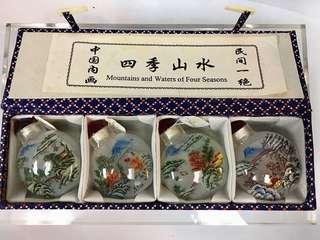 中國名畫-四季山水雙面圖案水晶鼻煙壺一套四款