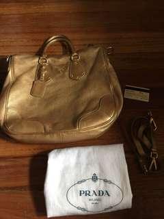 Authentic Prada Handbag BN1658 Vitello Daino