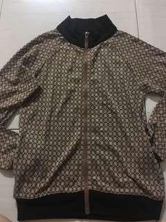 🚚 復古造型菱格子風樣外套