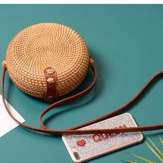 🚚 手提包 手工藤編包 緞帶  ins款 藤編包 竹編包 編織包  草編包 海灘包 巴里島 峇里島 手拿包 旅遊 逛街