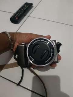 Jual camera mirroles sony alfa 5100 mulus dan lengkap