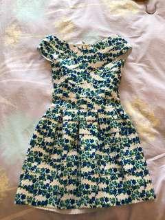 Off shoulder floral bandage dress