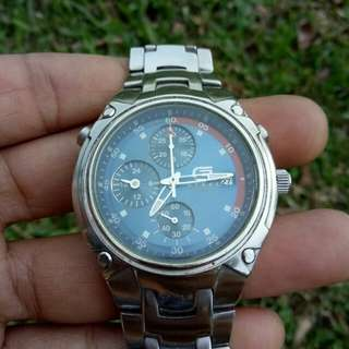 Guess steel chronograph quartz japan movement