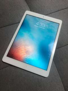 iPad Air 2 32GB WiFi + Cellular