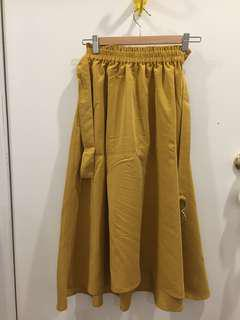 Mustard yellow skirt with belt