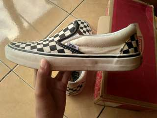 Vans checkerboard black white