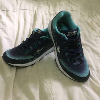 World Balance Rubber Shoes