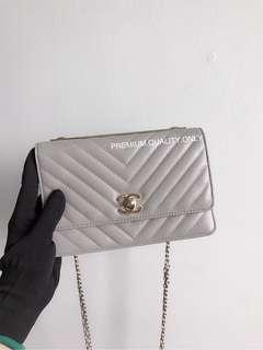 Chanel Chevron Trendy CC Wallet On Chain- grey