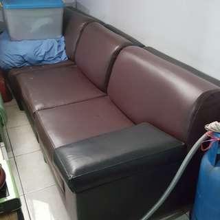 sofa kulit 3 seater