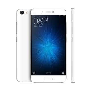 Kredit Xiaomi Mi5 White 3/64GB