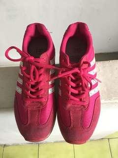 🚚 ❤️23.5公分 Jump將門桃紅色運動鞋❤️