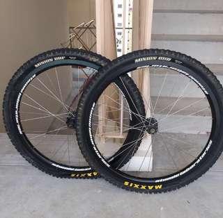 "Maxxis Minion 26"" Tires Set"