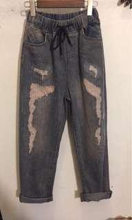 🚚 正夯🔥日系感爆滿的刷破牛仔褲男友褲