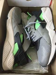 """Nike Huarache """"Mine Grey"""""""