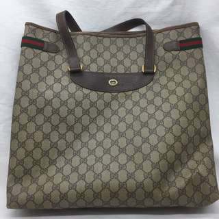 ** Gucci GG shoulder Bag