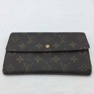 ** LV MONOGRAM LONG WALLET