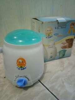 Pemanas susu bayi