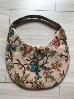 Beaded flowers bag