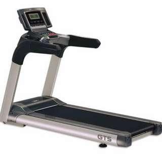 Matrix MT5 AC (commercial treadmill)