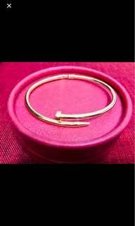 Cartier Nail Bangle (18k)