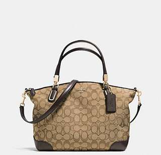 AUTHENTIC COACH KELSEY IN SIGNATURE ( F38181)