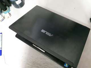ASUS U45J i5 Laptop 14'inch 4G 500G GeForce 310m New battery notebook