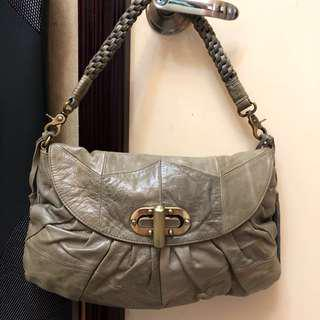 Grey Shoulder/ Crossbody Leather bag 陰陽灰側/鈄揹真皮手袋 90% New