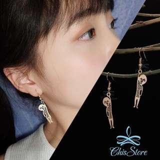 🚚 Chis Store【舉手小人】韓 怪奇 搞怪 創意 人偶 鏤空 金屬 垂墜耳環 無耳洞耳環 夾式耳環 耳夾 ML394