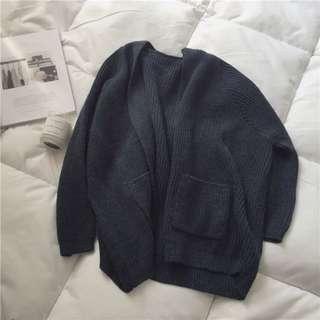 🚚 深藍色寬鬆針織外套