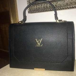 Louis Vuitton bag Replica