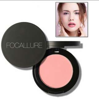 Focallure blush on powder