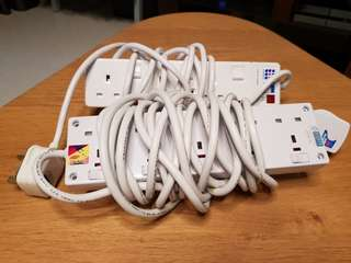 2 sets of extension cords