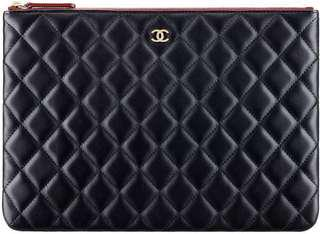 Chanel O case in caviar material