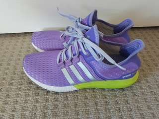 Adidas Ultra boost size 8