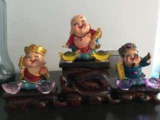 Decorating smiling Buddha come with yuan Bao