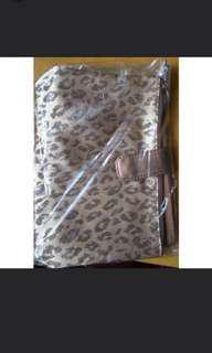 Brand new Shiseido Makeup bag / pouch /zipper bag