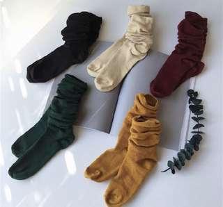 🚚 中筒純色糖果襪