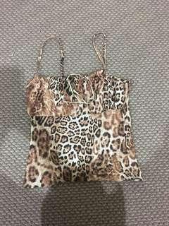 leopard print singlet