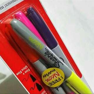 Twin Tip Sharpie Permanent Marker (3 Fine&Ultra Fine Tip + 1 Neon Fine Tip)