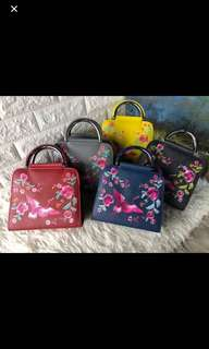 Tas embrioderry clereancr sale !!