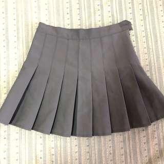Grey tennis skirt