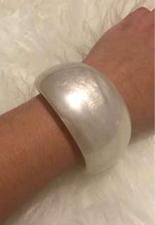 Gorgeous Pearlescent White Bangle