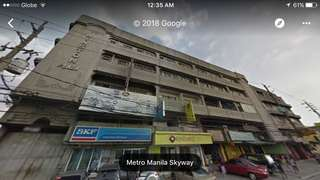 Commercial building for sale in Quezon City along A bonifacio
