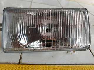 Head Lamp Nissan Sunny BOY..